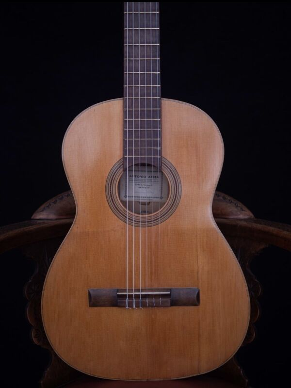 Antonio Ariza Classical Guitar FAMOUS LUTHIER FROM GRANADA - GORGEOUS LOOK