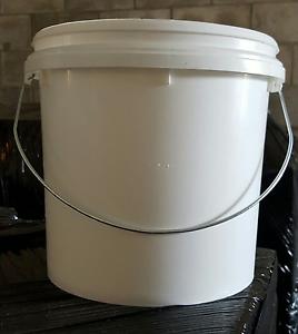 4lt white plastic buckets by Viscount Plastic, 4 litre Caloundra West Caloundra Area Preview