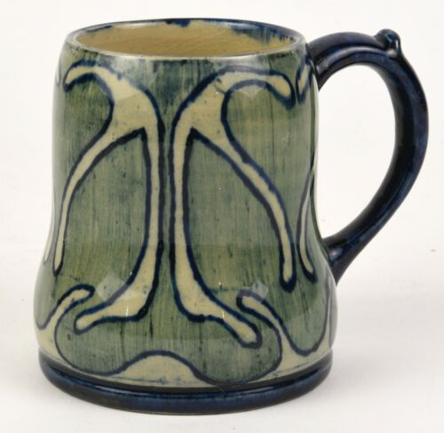 NEWCOMB COLLEGE POTTERY EARLY HIGH GLOSS MUG SARA BLOOM LEVY 1902
