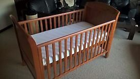 CAN DELIVER Dark Wood Walnut Cosatto Cot Toddler Junior Bed Luxury Mattress