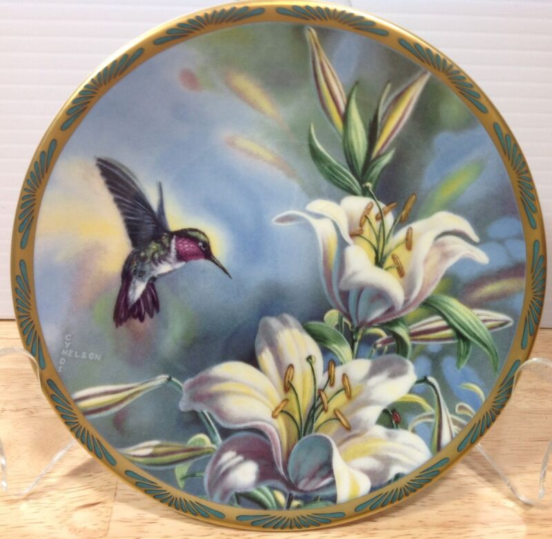 Pickard Cyndi Nelson Plate Ruby Throated Hummingbird Gems of Nature Vintage USA