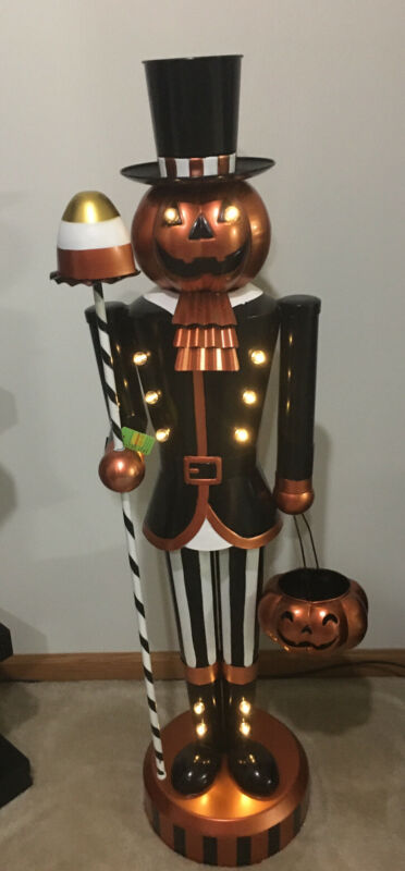 Halloween Pumpkin Nutcracker Figure Lights Up and Timer Used