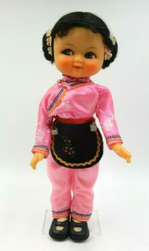 "VINTAGE HAND PAINTED TRADITIONAL OUTFIT KAWAII BEILEI 12"" CHINESE DOLL ON STAND"