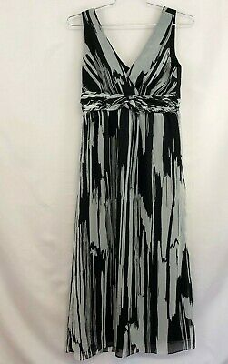 Chico's Maxi Dress Sz 1 Sz M Black and White V-neck Crossover Front Banded Waist Banded Waist V-neck Dress