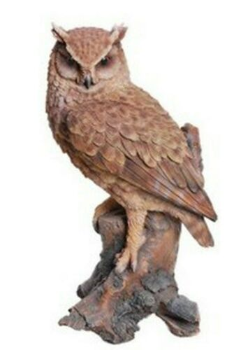 GREAT HORNED OWL ON STUMP  - Realistic Life Like Figurine Statue Home / Garden
