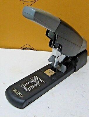 Swingline 90002 High Capacity Heavy Duty Stapler Euc