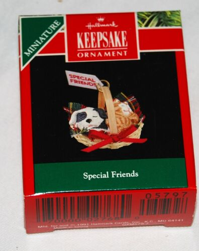 Hallmark Miniature Ornament New in box - 1991 Special Friends