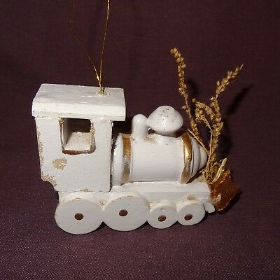 Steam Train Engine Country Ornament Locomotive White Wooden Christmas