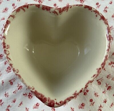 Vintage Workshops of Gerald E. HENN Red Spongeware Pottery Heart-Shaped Bowl 5""