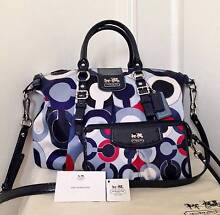 NEW SET COACH MADISON JULIETTE SIGNATURE MULTI BLUE BAG + WALLET Collaroy Manly Area Preview