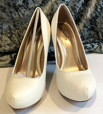 Women's White Qupid Trench High Heel Shoes - Size 7.5 - Fits Like Size 7 - NEW.