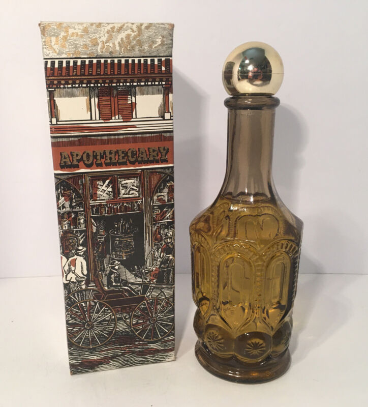Vintage Avon Spicy After Shave Apothecary Decanter FULL BOTTLE With Box