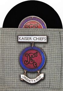Kaiser Chiefs - I Predict A Riot / Take My Temperature - 7
