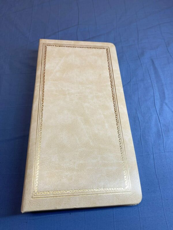 Vintage Holson Wilton White The Presidential Collection Photo Album Holds Photo