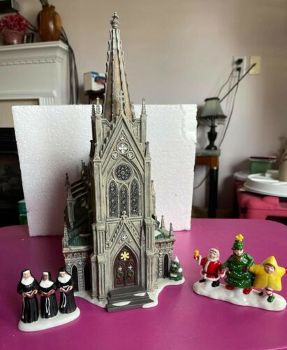 Department 56 Christmas The Cathedral St. Nicholas & 2 EXTRA PCS Nuns & Pagent