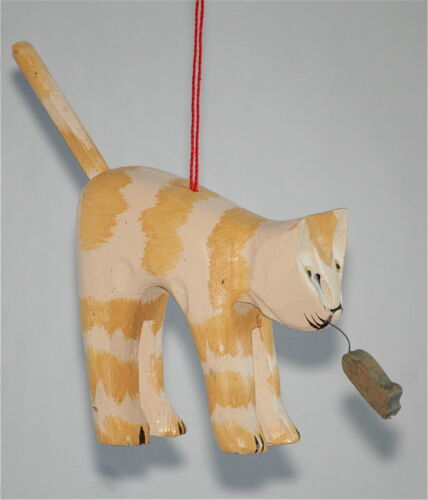 """Carved Wood Tabby Cat Kitten and Mouse Christmas Holiday Ornament 4""""x4.25"""""""