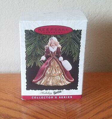 Hallmark Keepsake Ornament - Holiday Barbie #4 (1996)