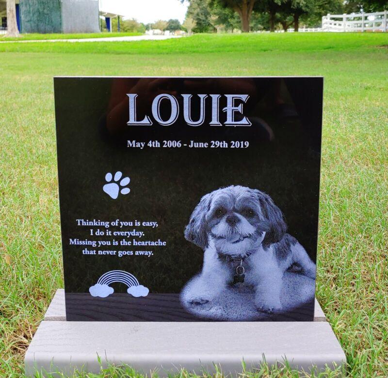 Tombstone Paw Print Pet Memorial Stone Gravestone Picture Grave Garden Dog Puppy
