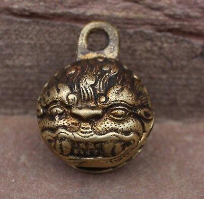 schöne runde tibetische Glocke aus Messing - mit Demonengott Mahakala verziert