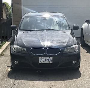 2011 BMW 3 series black only 98000 kms