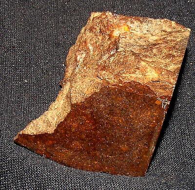 Meteorito Piedra Ramlat As Sahmah Ras 428 , 48x34x33mm 71,7g