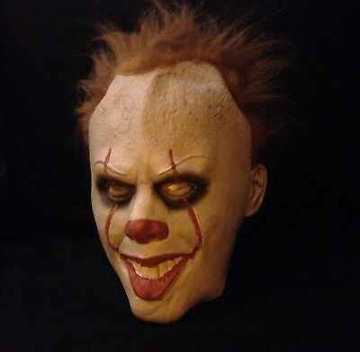 Scary Clown Props (It Pennywise Mask Latex Halloween Scary Clown Masks Cosplay Party Festival)