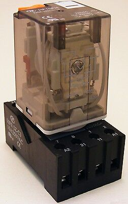 2 Pole 8 Pin Octal Relay 110VAC Test button LED & Din Mount Socket 102RM-110A-4