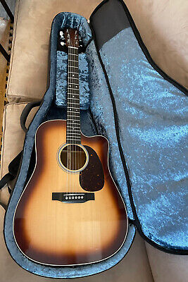 Martin Special DC Ovangkol Spruce Top Dreadnaught Guitar