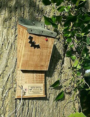 Roosting Nest (BAT BOX  ROOSTING NEST BOX / HOUSE, QUALITY HANDMADE BATBOX WITH FELT ROOF   ^●^ )