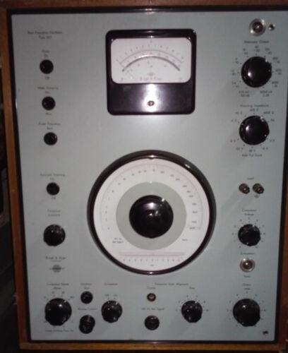 Bruel & Kjaer 1022 - Beat Frequency Oscillator
