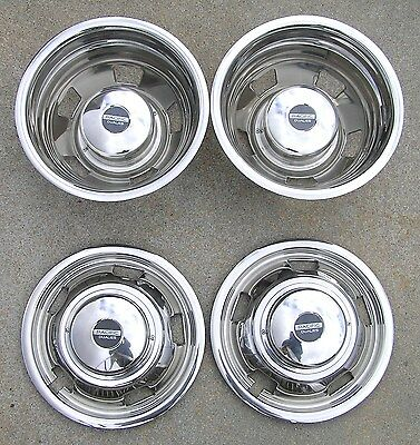 03-17 17 Dodge 3500 Dually Wheel Hubcaps