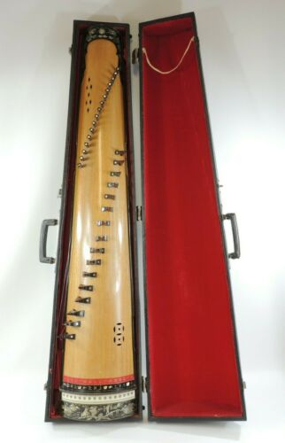 Vintage Vietnamese Dan Tranh 16 String Zither Teak Wood Abalone Inlay w HS Case