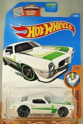 2016 Hot Wheels #123 Muscle Mania 3/10 73 PONTIAC FIREBIRD White Variant wBlkMC5