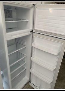Warranty Fridge Freezer no frost L250 immaculate as new .
