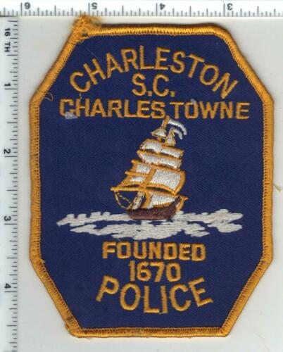 Charleston Police (South Carolina) 4th Issue Uniform Take-Off Shoulder Patch