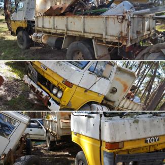1982 Toyota Dyna Tip Truck