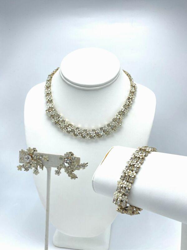 White Flower Rhinestone Necklace Bracelet Clip On Earring Jewelry Set Vintage