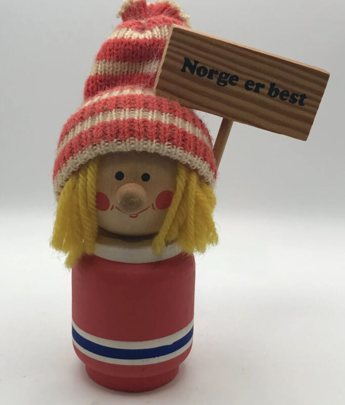 SWEDISH CHRISTMAS Boy With Hat Norge Er Best Sign WOOD DOLL