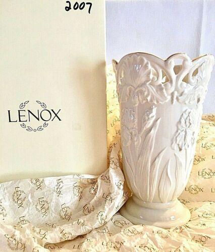 Lenox Mothers Day 2007 Ltd Edition Forever Iris Vase 24K Gold Trim Orig Box