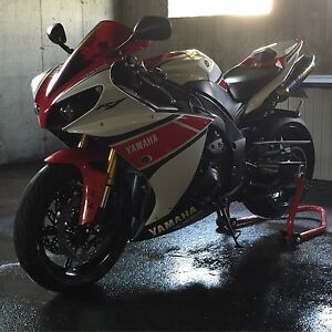 2012 Yamaha R1 special edition #737