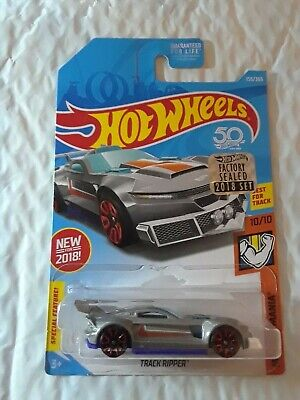 2018 Hot Wheels #155 Muscle Mania 10/10 TRACK RIPPER Gray w/Red E23