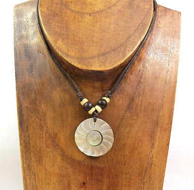eine Halskette Muschelkette Spirale Perlmutt Sonne Holzperlen Beach Surfer NEU (Sonne Halskette)