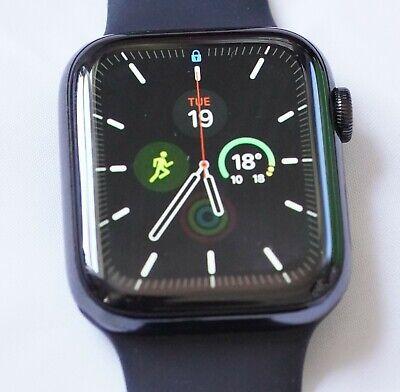 Apple Watch Series 4 44 mm Space Black Stainless Steel, cellular, black sport ba