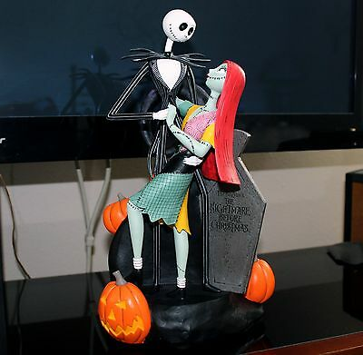 Rare Disney The Nightmare Before Christmas Jack Skellington Sally Figure Statue