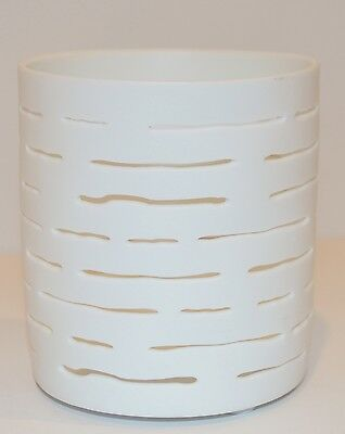 NEW YANKEE CANDLE PAPER PUNCH WEAVE TEA LIGHT CANDLE HOLDER SLEEVE WHITE CERAMIC