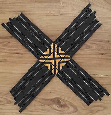 Micro Scalextric 1:64 Crossover Track