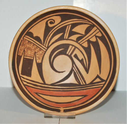 """Hopi Pueblo Pottery, unsigned by unknown artist, 5.35"""" polychrome plate c.1979"""