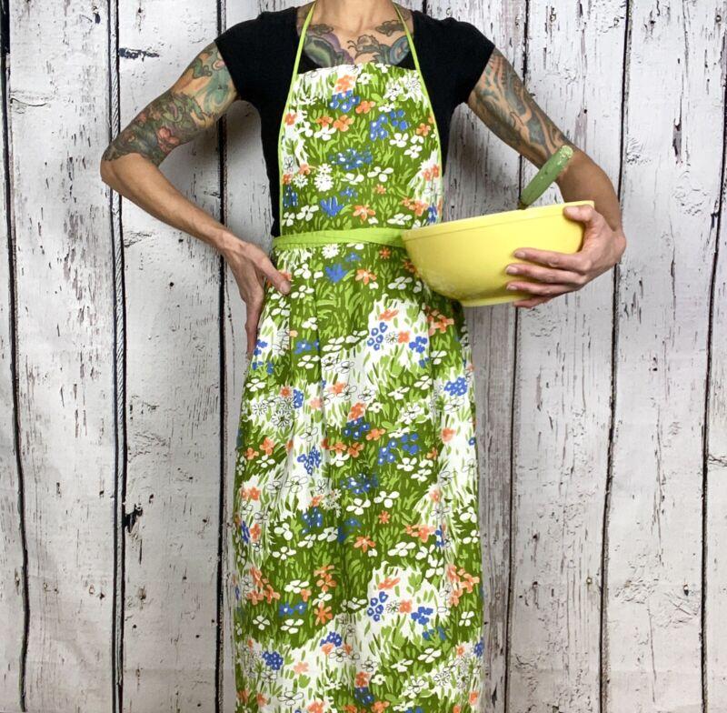 Vintage 1960s Vera Neumann Full Wrap Apron Green Floral Maxi Half Apron