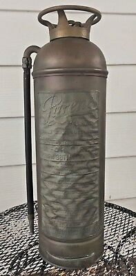VINTAGE RARE 2 1/2 GAL FIRE EXTINGUISHER PYRENE MFG CO USA FIRE RESCUE COLLECTOR