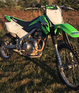 Dirt bike for sale 2016 KLX-140